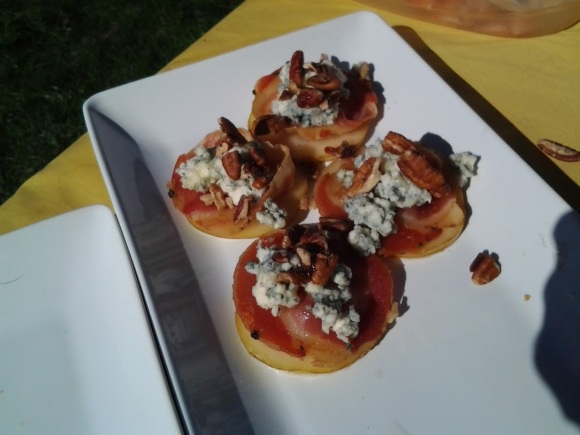 Pears with pancetta, blue cheese, pecans, and a honey drizzle